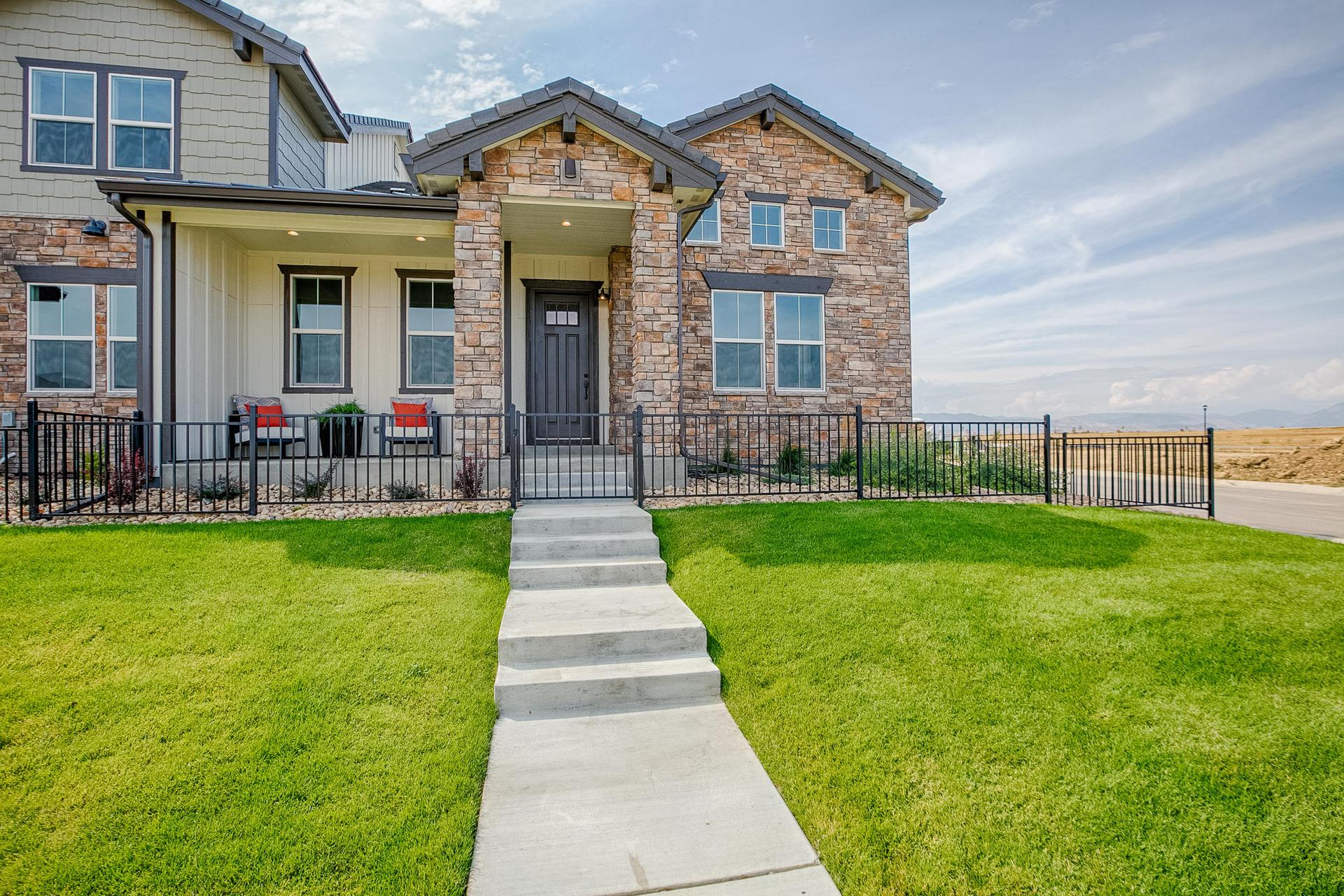 Exterior . 3br New Home in Windsor, CO