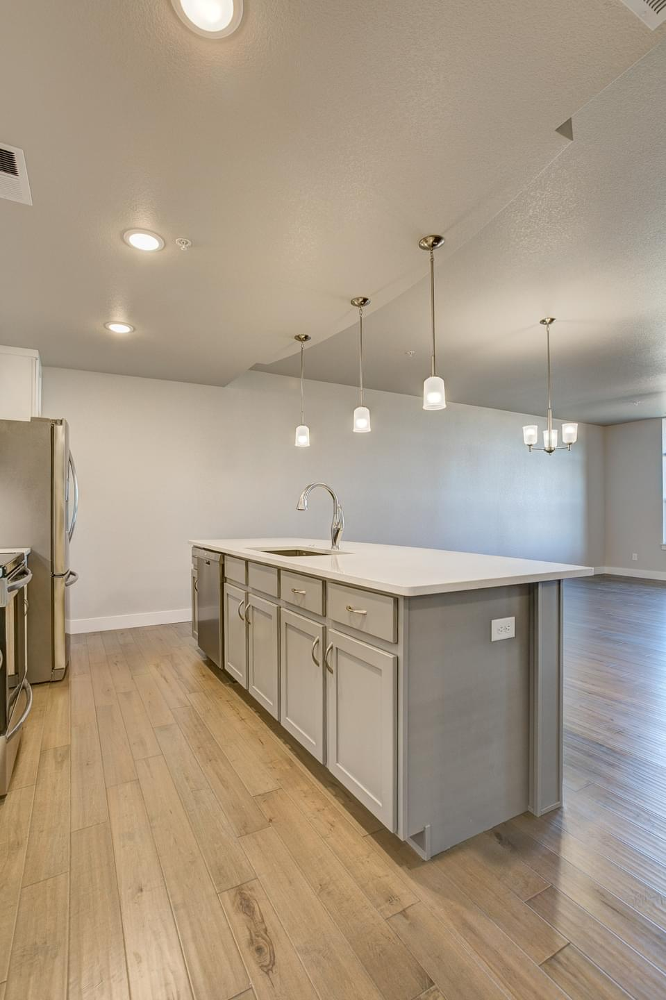 962sf New Home